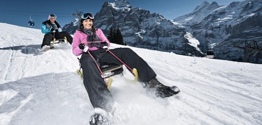 Toboganning on Grindelwald-First.jpg